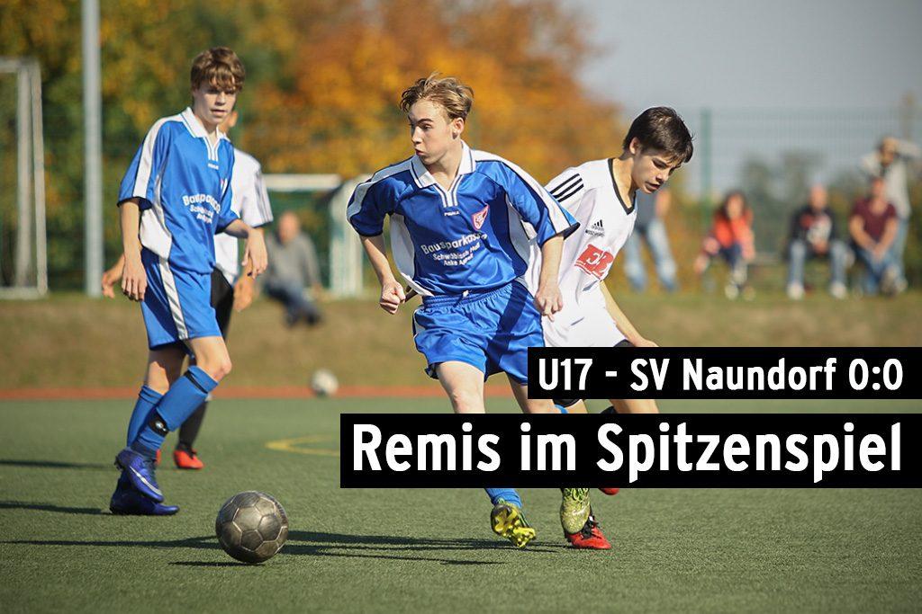 Oschatz, Deutschland, 30.09.2017, Fussball, Nordsachsenliga, 6. Spieltag - SpG Oschatz/Dahlen - SV Naundorf - Luis Bönisch (#8, Oschatz/Dahlen) ist vor David Hennig (#11, Naundorf) am Ball.